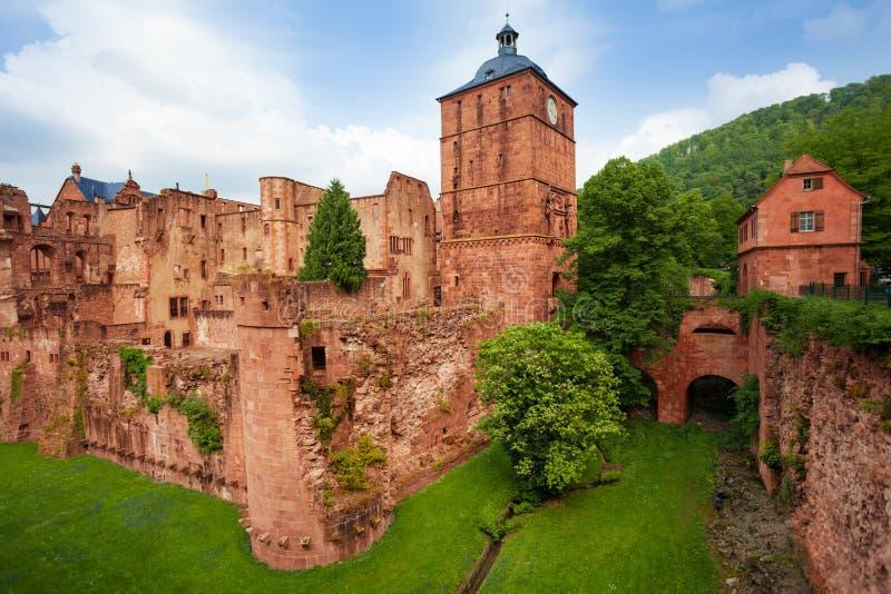 Vue de fragment de château d'Heidelberg pendant la journée photos libres de droits
