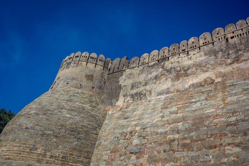 Vue de garh de Kumbhal du fond images libres de droits
