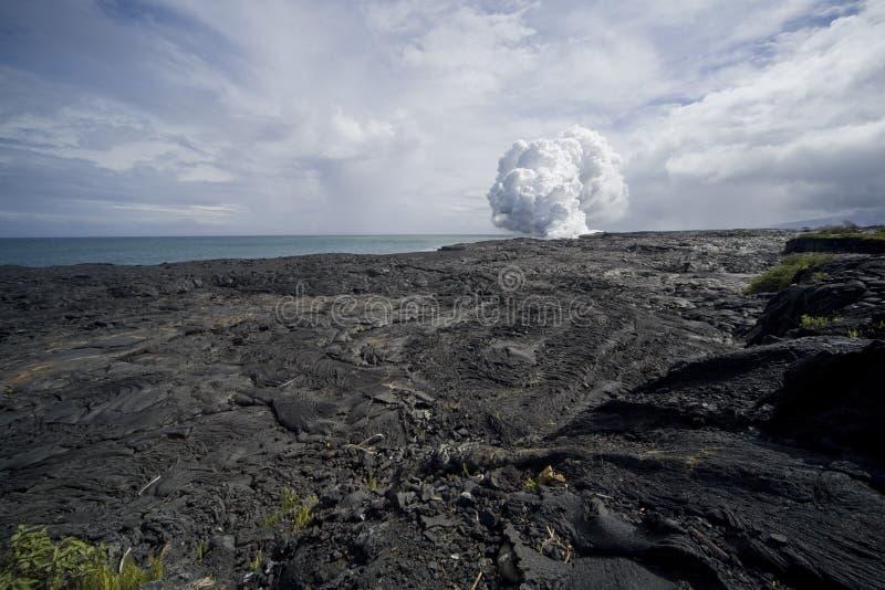 Vue de gisement de lave de nuage de vapeur photos libres de droits