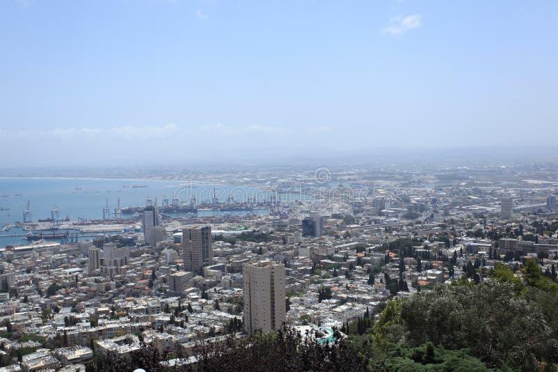 Vue de Haifa City et de port du mont Carmel photo stock