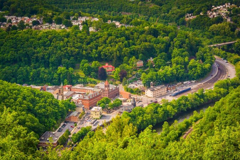Vue de Jim Thorpe et de la rivière de Lehigh de la montagne de hampe de drapeaux, photographie stock
