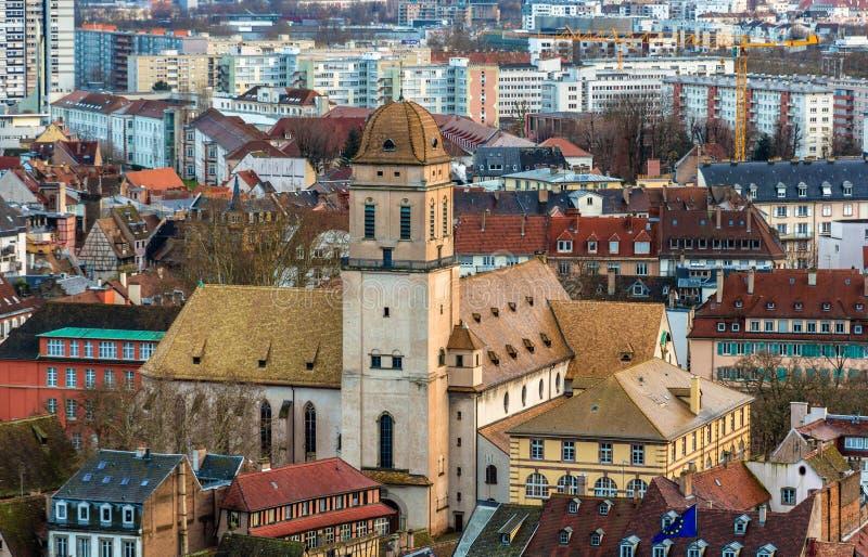 Vue de l'église de Sainte-Madeleine à Strasbourg photo libre de droits