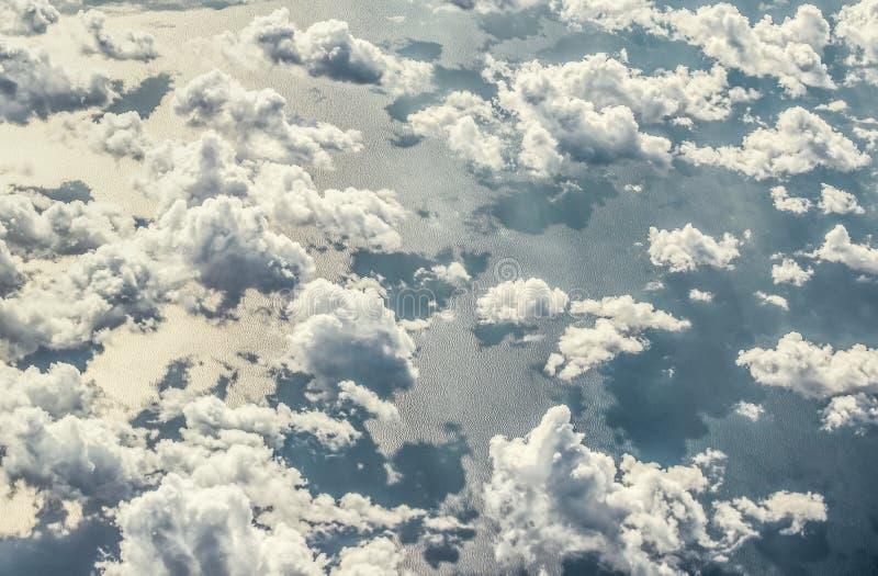Vue de l'avion à Ayia Napa - la meilleure station de vacances de la Chypre, plages, gotels, baies, parcs photographie stock