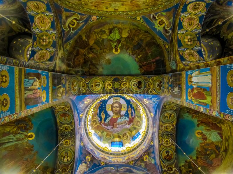Vue de l'intérieur de l'église du sauveur sur le sang Spilled à St Petersburg, Russie photos libres de droits
