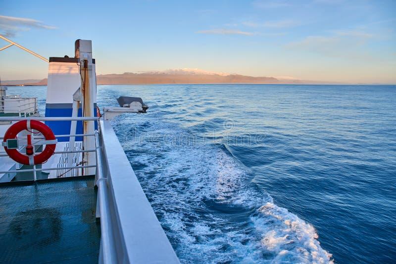 Vue de l'Islande du ferry photos libres de droits