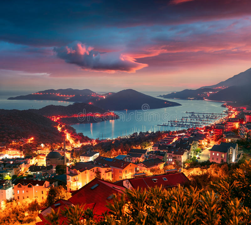 Vue de l'oeil du ` s d'oiseau de la ville de Kas, secteur des RP d'Antalya photos libres de droits