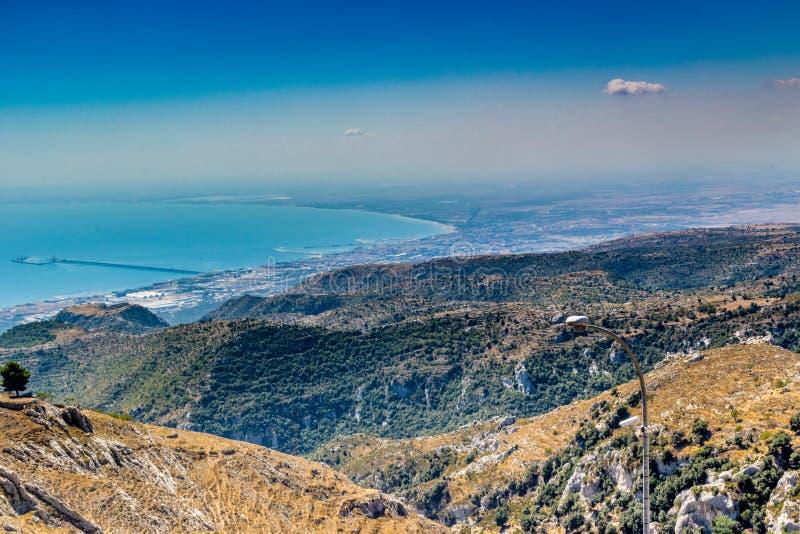 Vue de la côte de Gargano image stock