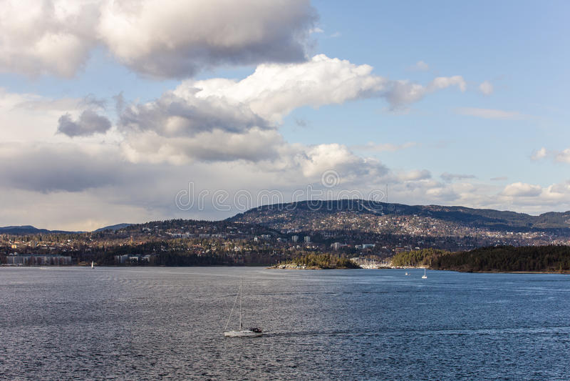 Vue de la côte de la Norvège photo stock