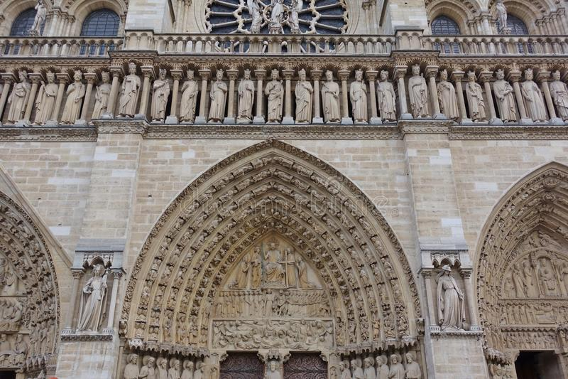 Vue de la cathédrale de Notre Dame de Paris avant le feu d'avril 2019 image libre de droits