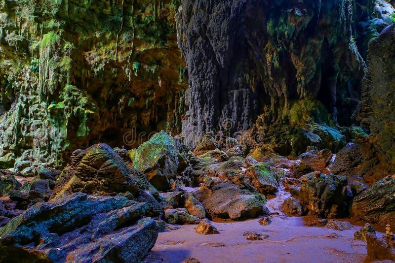 Vue de la chambre trois de caverne de callao, Philippines cagayan image stock