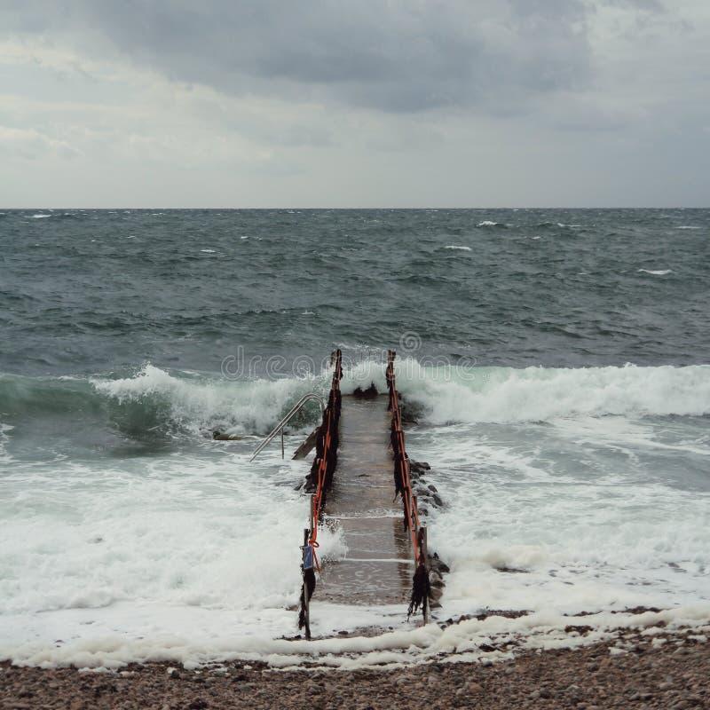 Vue de la mer de baltique, du strom et de la vague, Suède images stock