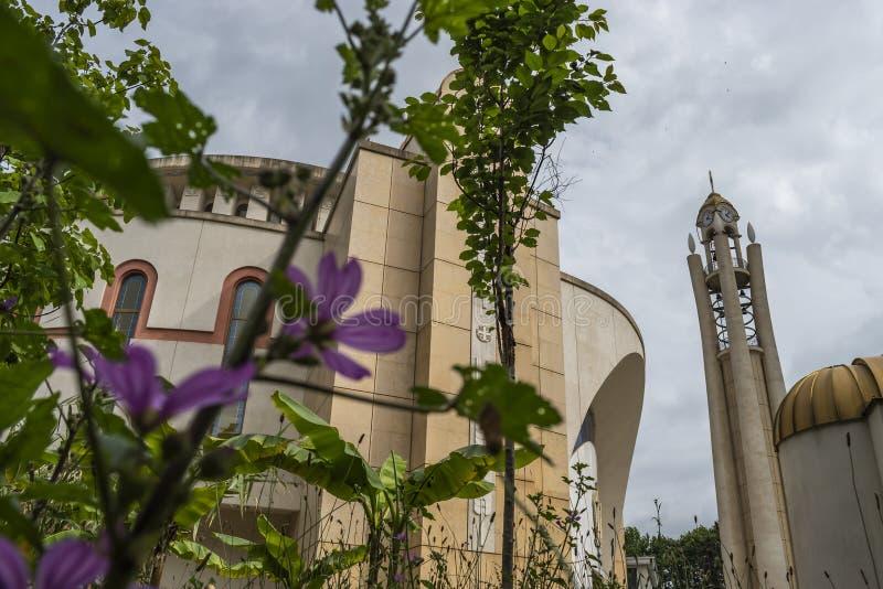 Vue de la résurrection de la cathédrale orthodoxe du Christ, Tirana, Albanie photos stock