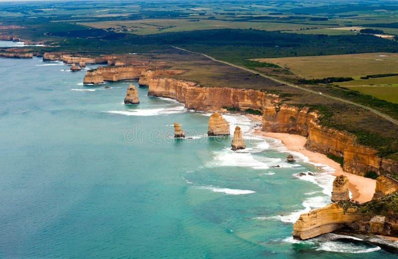 Vue de la route grande d'océan de l'hélicoptère image libre de droits