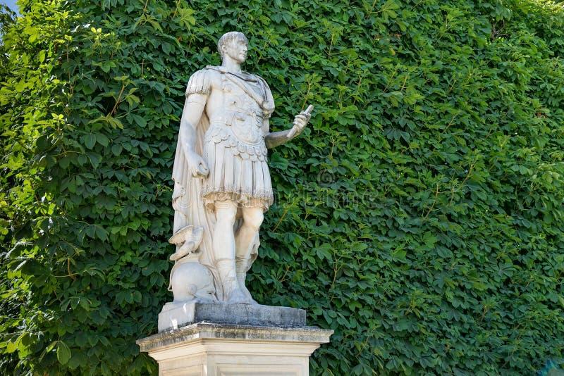 Vue de la sculpture en marbre Julius César copie de la sculpture 1694 par Ambrogio Parisi images libres de droits