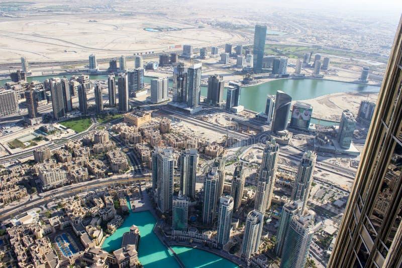 Download Vue De La Tour 2 De Khalifa De Burj Image stock - Image du regarder, haut: 56483013