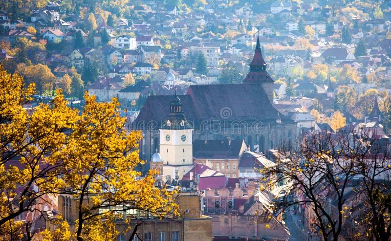 Vue de la vieille ville de Brasov située dans la région centrale de la Roumanie photos stock
