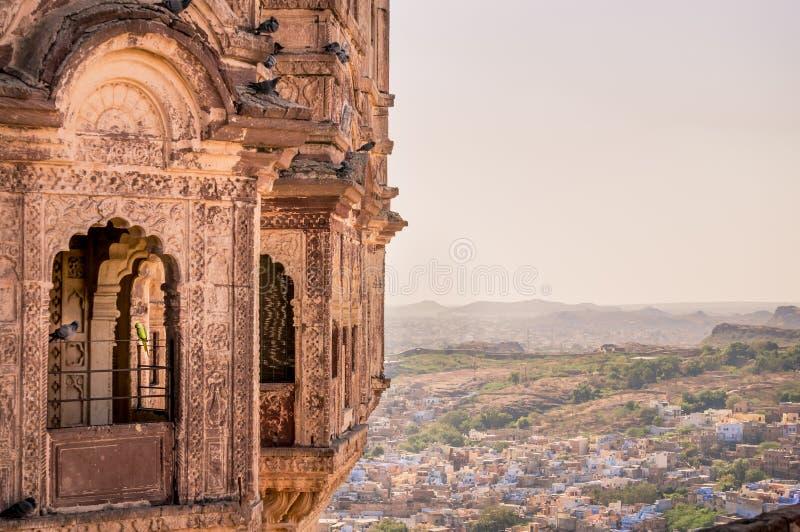 Vue de la ville bleue de Jodhpur de fort de Mehrangarh photos libres de droits