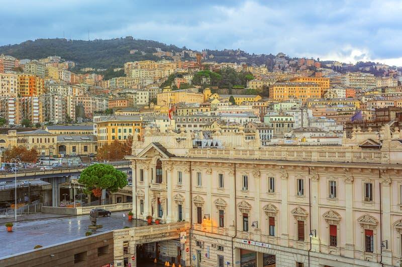 Vue de la ville de Gênes en Italie image libre de droits