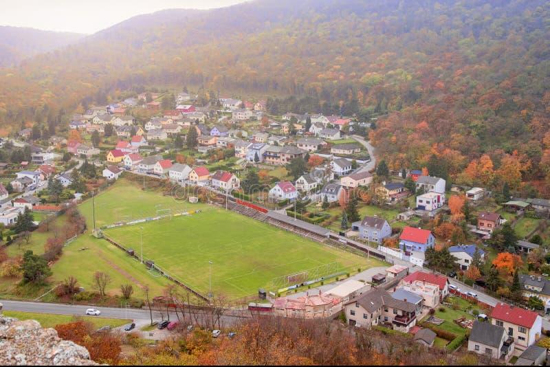 Vue de la ville de Highburg sur le Danube à partir du dessus L'Autriche, l'Europe image stock