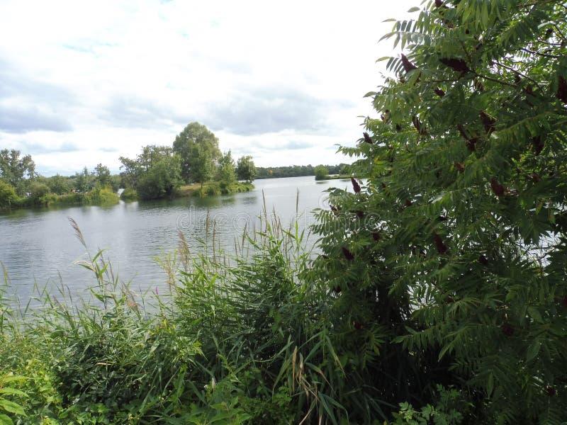 12 67 9000 vue de 02 lacs photo stock