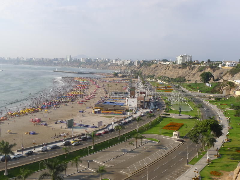 Vue de Lima de baie du secteur du sud de Chorrillos photos stock