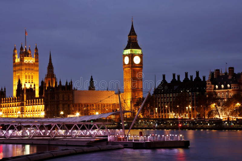 Vue de Londres la nuit photo libre de droits