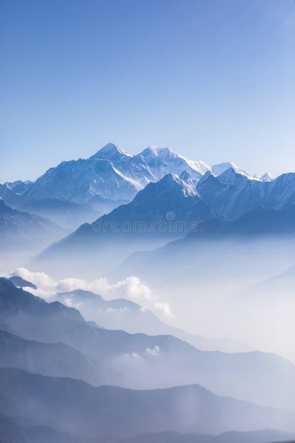 Vue de lumière du jour du mont Everest photo stock