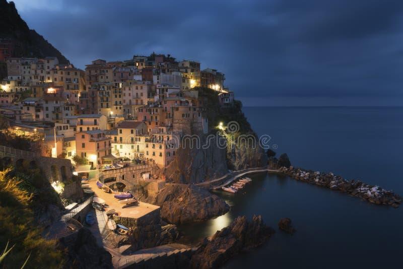 Vue de Manarola Manarola est une petite ville dans la province de la La Spezia, Ligurie images libres de droits