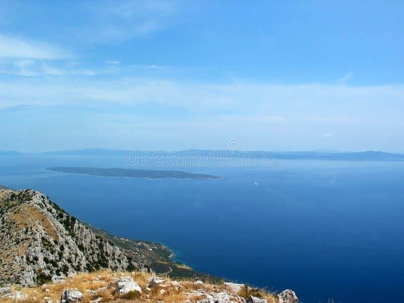 Vue de mer d'île croate images stock