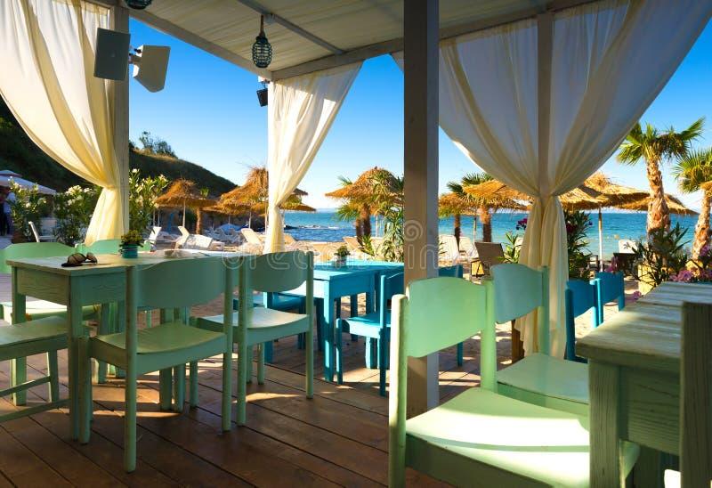 Vue de mer de restaurant de plage image libre de droits