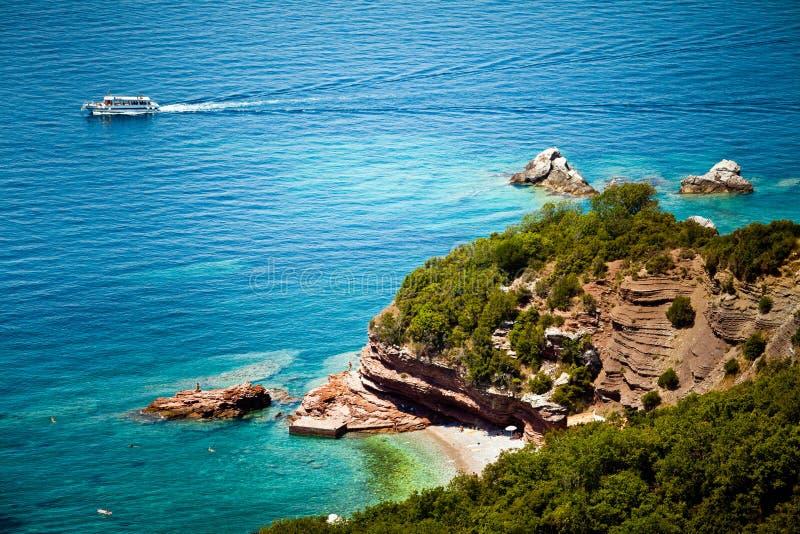 Download Vue de mer et de plage photo stock. Image du nature, seascape - 77160128