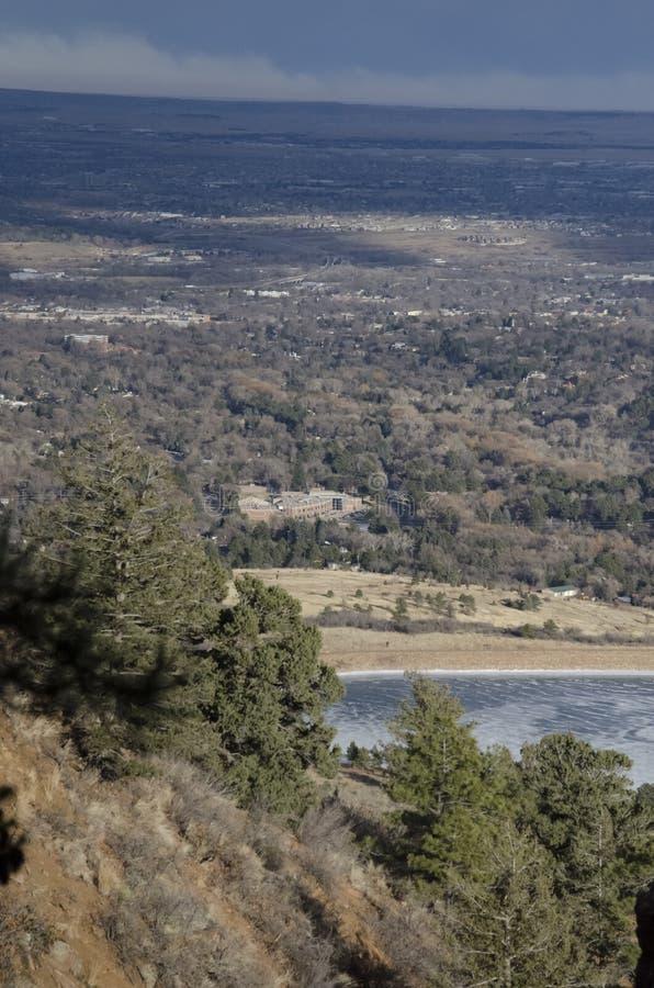 Download Vue De Montagne De Cheyanne De Colorado Springs Photo stock - Image du overlooking, montagne: 87706874