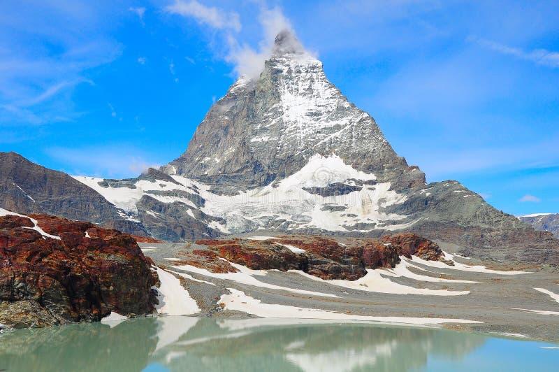 Vue de montagne de Matterhorn au temps de matin image libre de droits