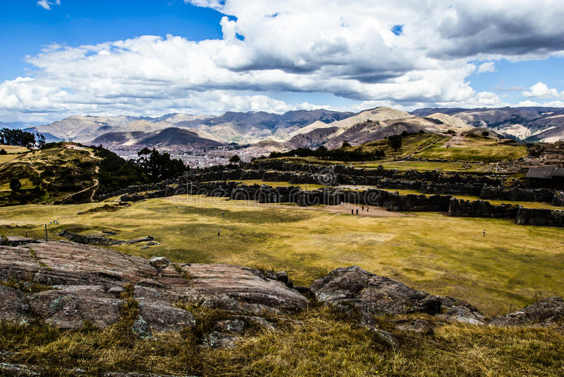 Vue de mur de Sacsayhuaman, dans Cuzco, le Pérou. images libres de droits