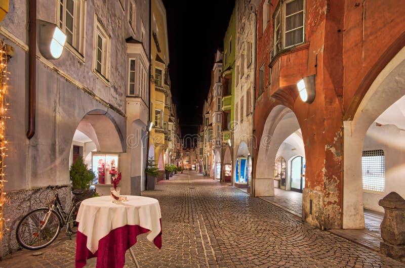 Vue de nuit de Bressanone image libre de droits