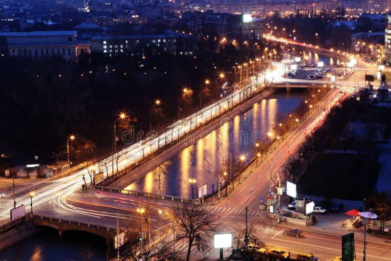 Vue de nuit de Bucarest image libre de droits