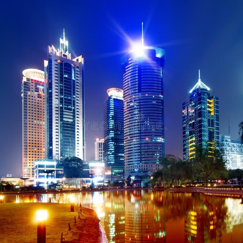 Vue de nuit de Changhaï photographie stock libre de droits