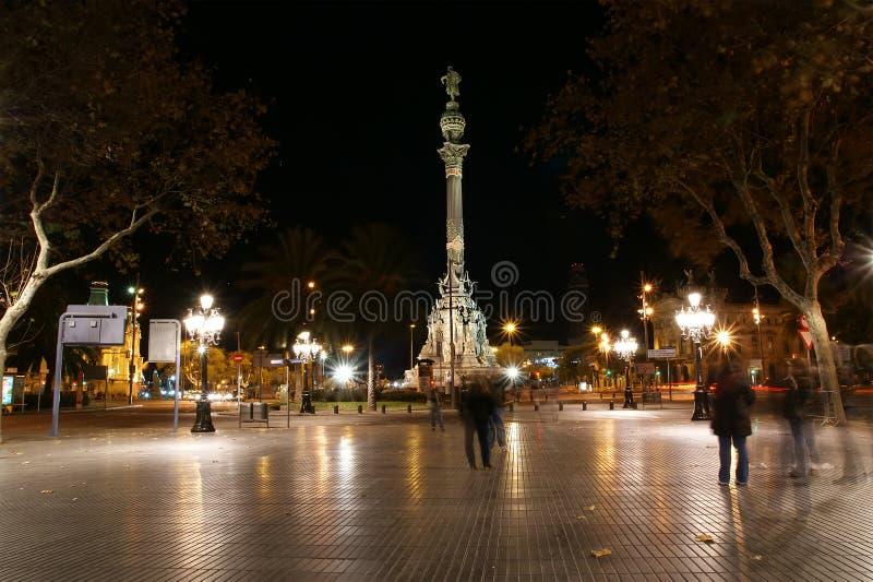 Vue de nuit de la La Rambla. La Catalogne photos libres de droits