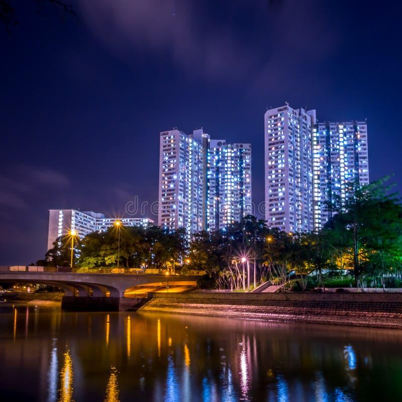 Vue de nuit de logement à caractère social en Hong Kong photo stock