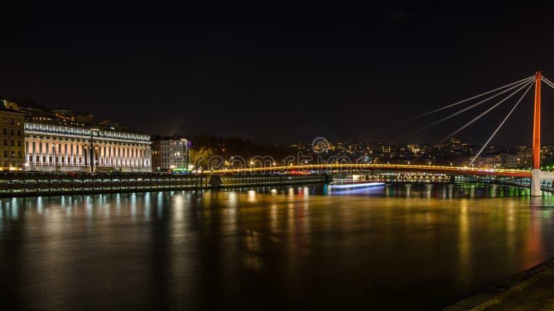 Vue de nuit de Lyon, France photos stock