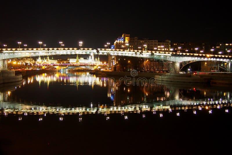 Vue de nuit de Moscou images libres de droits