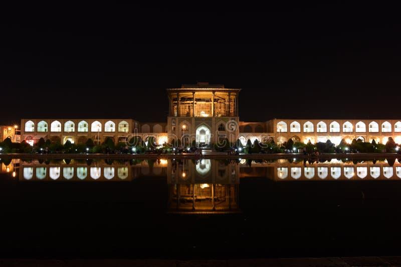 Vue de nuit de mosquée de Naqsh-e Jahan dans Esfahan, Iran 14 septembre 2016 images stock