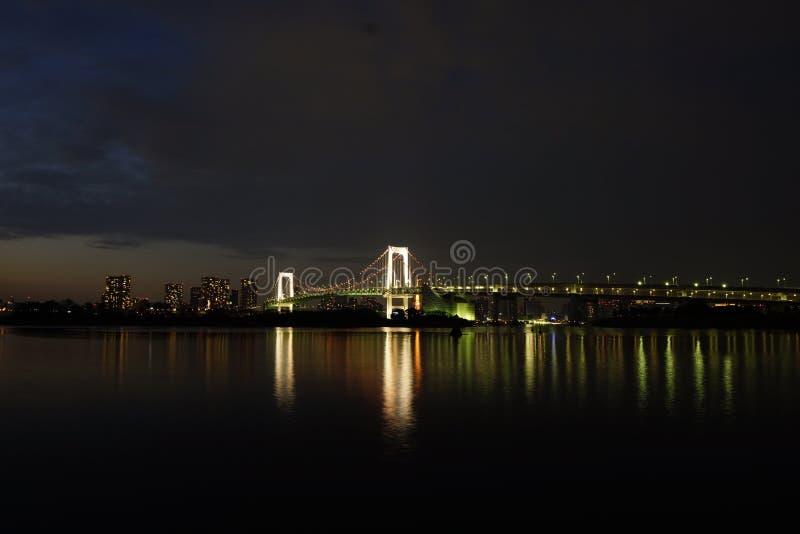 Vue de nuit de Tokyo d'Odaiba photo stock