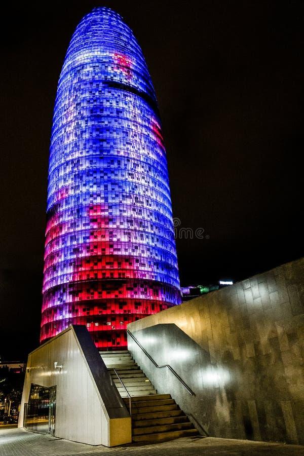 Vue de nuit de Torre agbar photographie stock