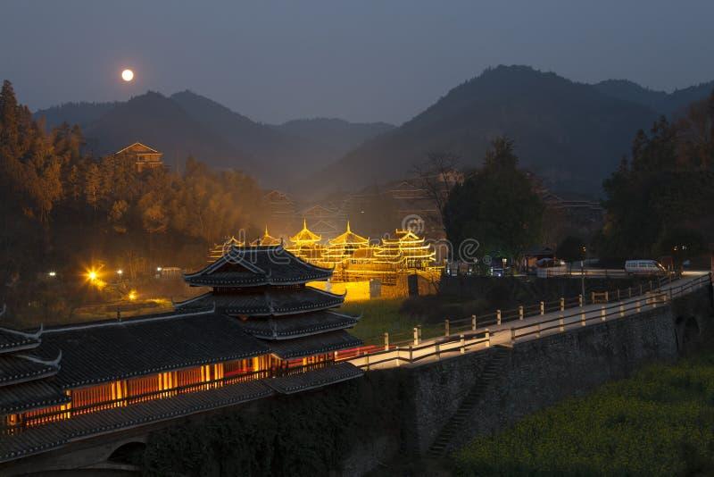 Vue de nuit de village de ChengYang photographie stock libre de droits