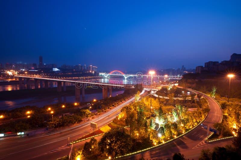 Vue de nuit de ville, chongqing, porcelaine photo stock