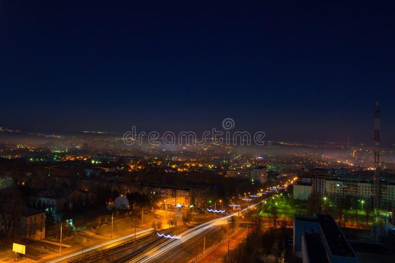 Vue de nuit de ville de Chisinau photos stock