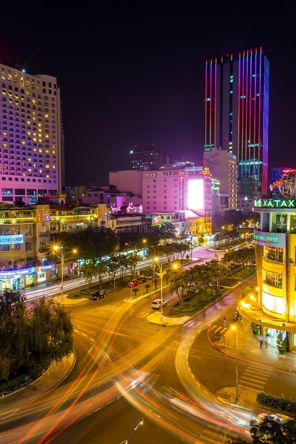 Vue de nuit du trafic de Saigon, Ho Chi Minh City photo stock