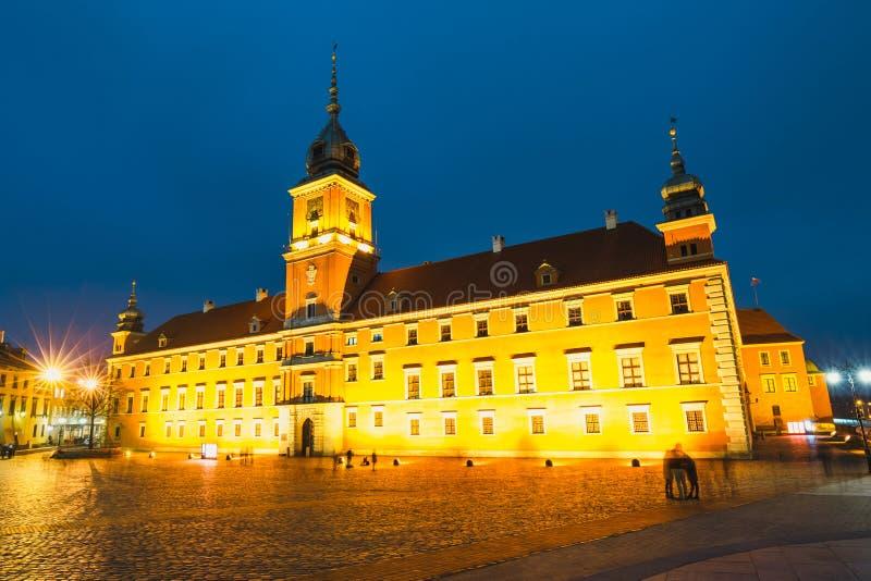 Vue de nuit de la vieille ville à Varsovie photo libre de droits