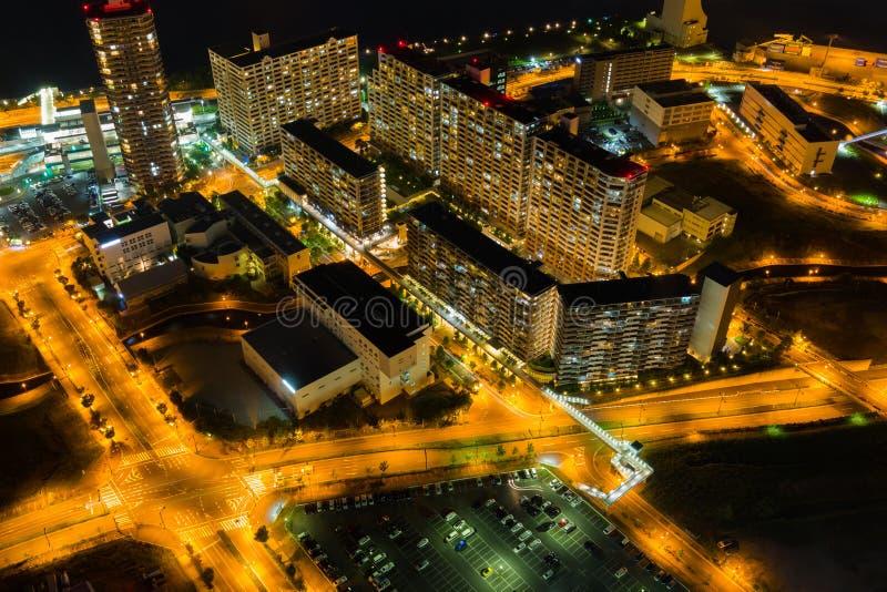 Vue de nuit de paysage urbain d'Osaka belle d'Osaka au Japon vue de tour de cosmo photos libres de droits